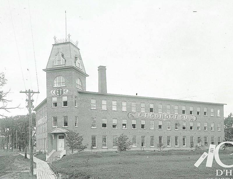 La fabrique E.T. Corset vers 1915. Photo Courtoisie du Centre d'histoire de Saint-Hyacinthe
