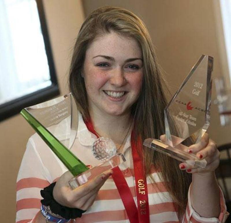 Pour ajouter à une année 2012 exceptionnelle, la golfeuse Valérie Tanguay a été nommée joueuse junior féminine de l'année par Golf Québec.