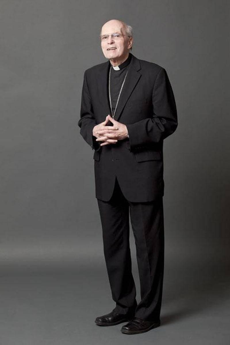 L'évêque du diocèse de Saint-Hyacinthe a été pris par surprise par l'annonce du départ prochain du pape Benoit XVI.