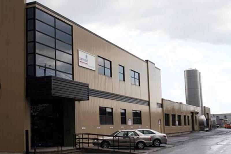 La fermeture de l'usine maskoutaine de Parmalat a été repoussée au mois d'août 2012.