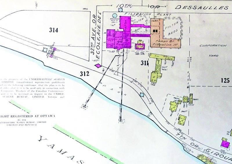 Plan indiquant les points de prise d'eau dans la Yamaska, à la hauteur de la ville de Saint-Hyacinthe. Collection Centre d'histoire.