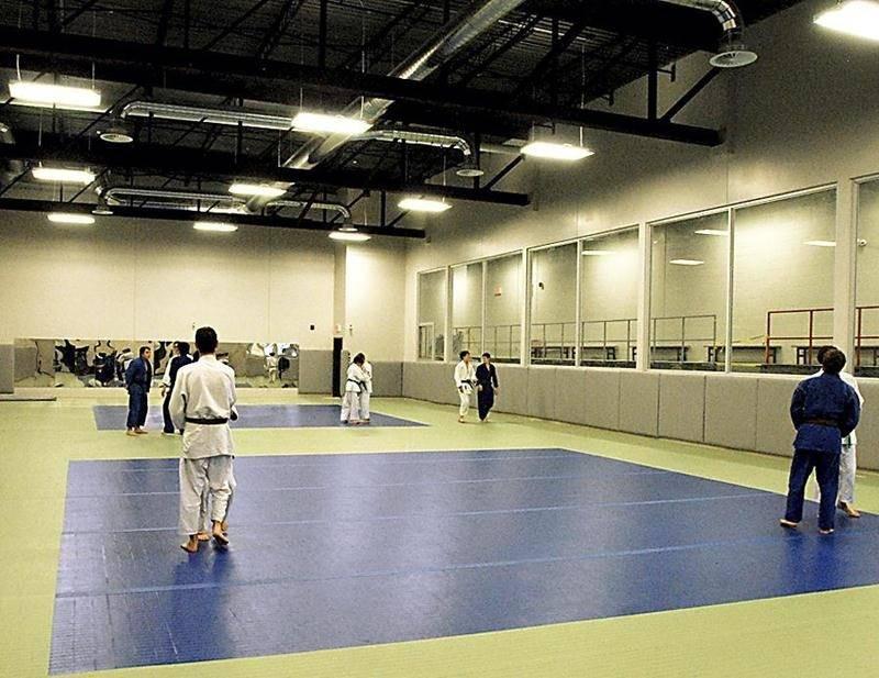 Le Club de judo de Saint-Hyacinthe a été le premier à pouvoir emménager dans le centre multisports C.-A.-Gauvin. Photo Martin Grenier