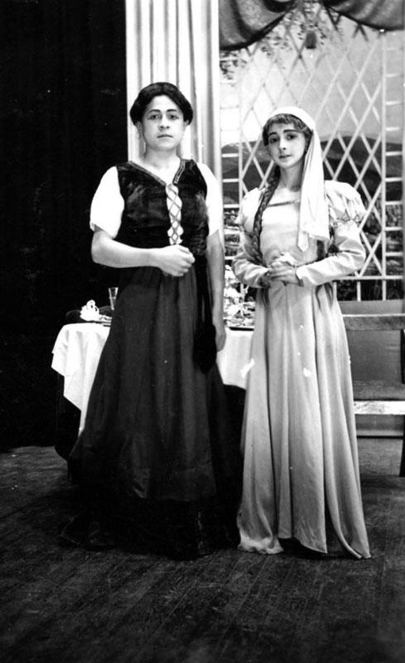 Grégoire Girard et Jean-Guy Hévey dans des rôles féminins en 1940 (collection Grégoire Girard).