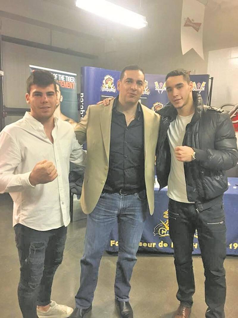 Raphaël Courchesne (à gauche) pose en compagnie du président d'Eye of the Tiger, Camille Estephan, et du boxeur Steven Butler. Photo Facebook