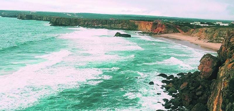 La vue sur les falaises de Sagres, au sud du Portugal, était à couper le souffle.  Photo Mélissa Archambault