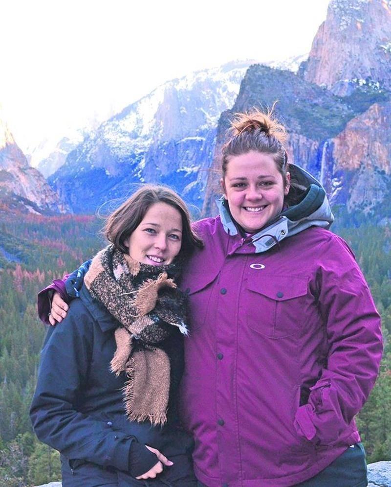 La visite du désert de Death Valley, en Californie, a été un gros coup de coeur pour Émilie Benoit Mathieu (à gauche) et son amie Geneviève. Photo Émilie Benoit Mathieu
