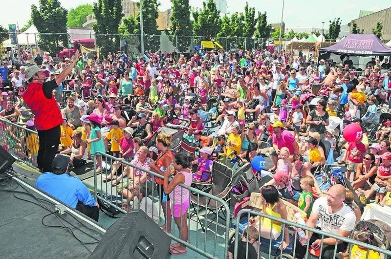 Les spectacles pour la jeunesse de l'Expo affichent souvent complet. Sur la photo, la prestation d'Arthur l'aventurier qui sera de retour cette année. Expo de Saint-Hyacinthe
