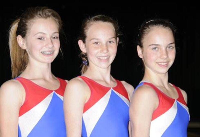 Les trois premières athlètes à participer au programme Sport-études débutant à l'automne : Laurianne Plante, Patricia Roy et Sabrina Roy.