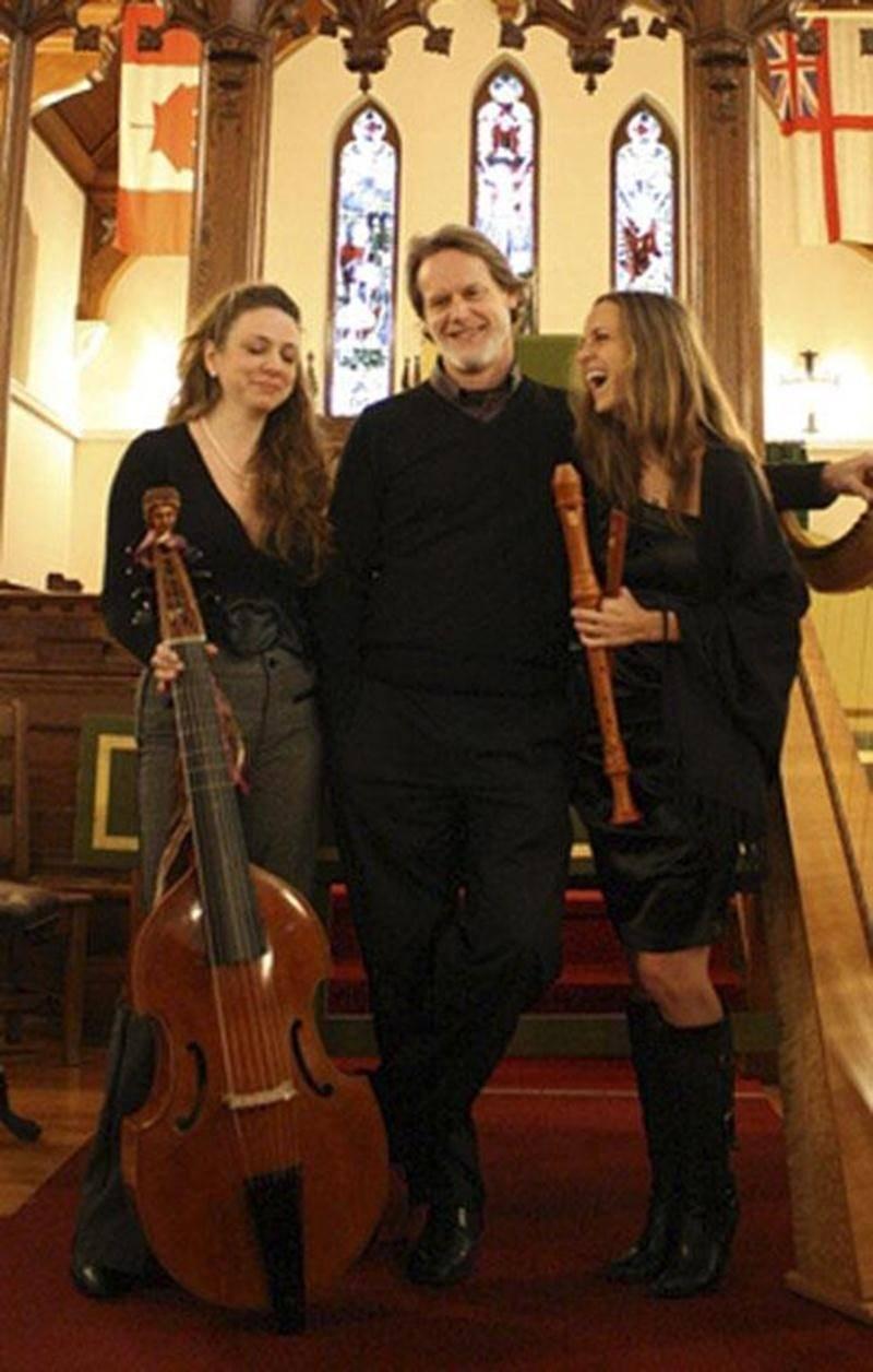 L'Harmonie des Saisons, avec en vedette Mélisande Corriveau, Eric Milnes et Isabeau Corriveau, donnera un concert de Noël le 23 novembre, à l'église de Saint-Valérien.