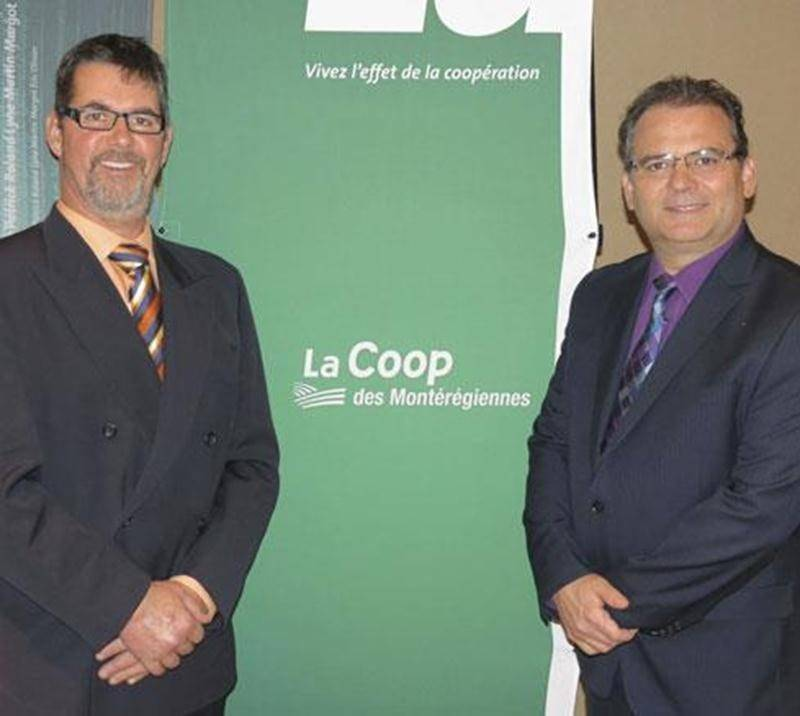 Sur la photo, Ernest-William Gasser (à gauche), président de La Coop des Montérégiennes, et Christian Massé, directeur général de La Coop des Montérégiennes.