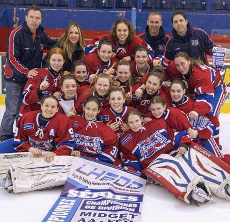 L'Express du Richelieu midget AA a remporté au cours de la fin de semaine la bannière de championnes de division des séries éliminatoires de la Ligue de hockey féminin de développement du Québec (LHFDQ). En finale, les joueuses de la région ont défait l'Élite de l'Estrie 4 à 1. Pour accéder à cette rencontre ultime, l'Express avait blanchi le Mistral des Laurentides 4 à 0. Parmi les membres de l'équipe championne, Éloïse Dubé et Alexane Dubé sont originaires de Saint-Hyacinthe alors qu'Audrey Be