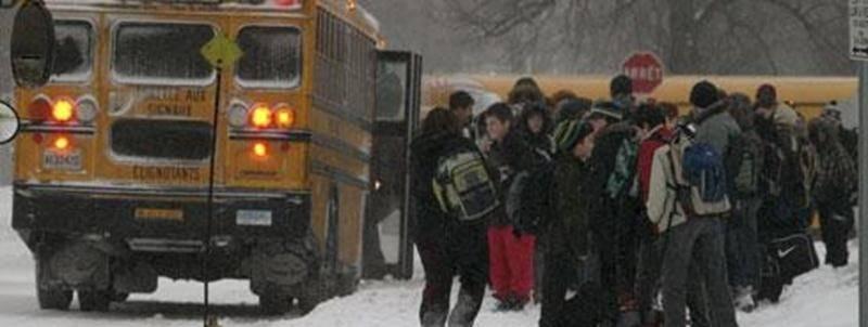 Plusieurs parents étaient mécontents du maintien de l'ouverture des écoles malgré la tempête de neige. <pstyle:CREDITS