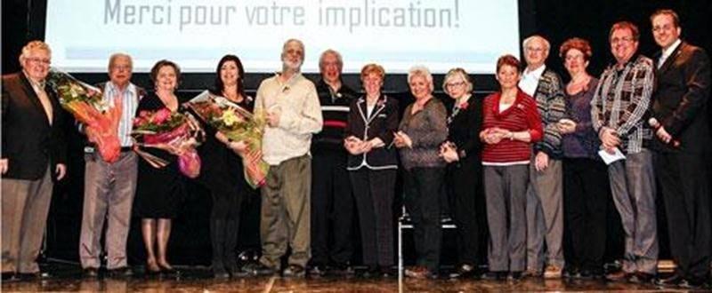 Le mercredi 2 avril, le Centre de Bénévolat de Saint-Hyacinthe a invité ses bénévoles afin de les remercier pour leur engagement exceptionnel. Dix bénévoles du Centre de Bénévolat de Saint-Hyacinthe ont été honorés pour leurs 10 ans de bénévolat. En plus, deux personnes ont été honorées pour plus de 20 ans de bénévolat lors de la Soirée de reconnaissance tenue au Centre des arts Juliette-Lassonde. Un total de 200 bénévoles impliqués dans plusieurs services ont assisté à un spectacle musical et p
