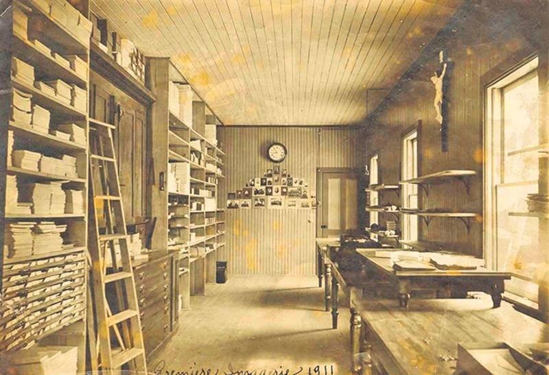 La première Imagerie St-Antoine en 1911.  Photo Archives FMS Canada