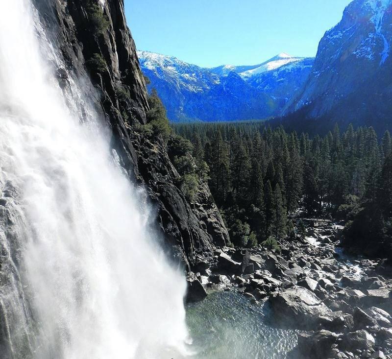 La vue sur la Yosemite Fall, dans le parc national du même nom, était à couper le souffle.  Photo Émilie Benoit Mathieu