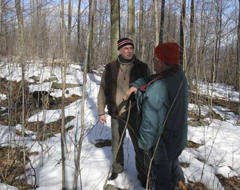 Cinq propriétaires ont été visités par un technicien forestier qui a réalisé deux plans d'aménagement multiressource. Ce plan d'aménagement leur permettra de mieux aménager leur forêt en fonction des éléments sensibles du milieu.