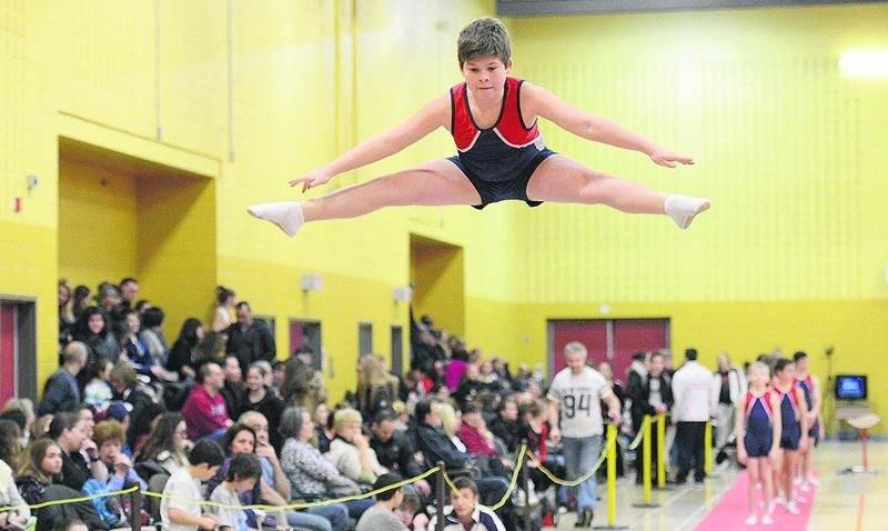 Plus de 400 gymnastes ont défilé lors de la première tranche de la Coupe Québec de gymnastique acrobatique, à Saint-Hyacinthe, les 30 et 31 janvier. Photo François Larivière | Le Courrier ©