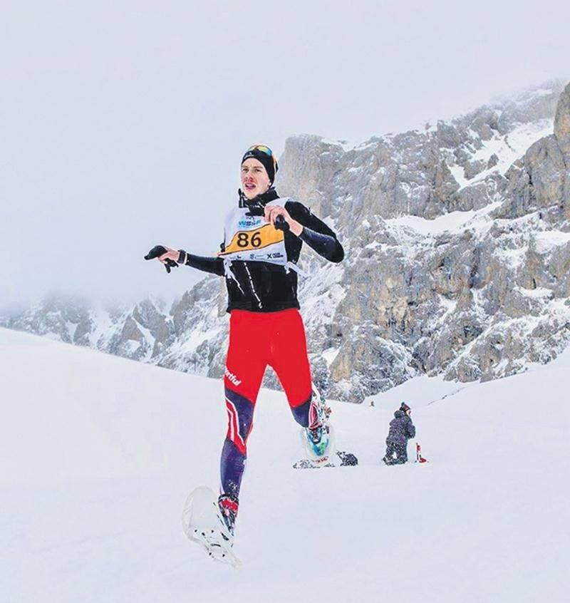 Julien Pinsonneault a pris le 12e rang au Championnat du monde de course en raquettes disputé dans les Pyrénées, en Espagne, au début mars.    Photo Courtoisie