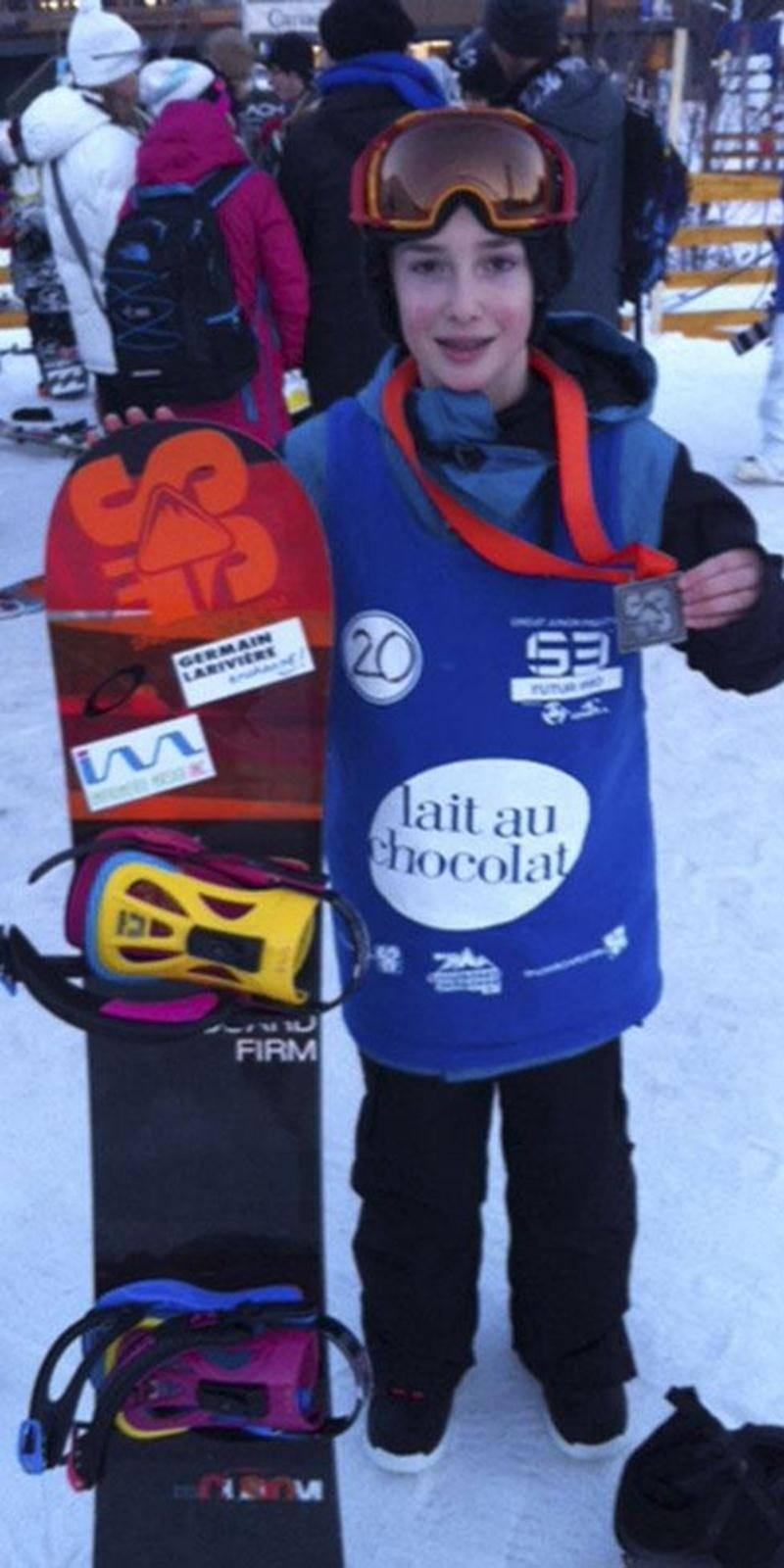 Nathan Vaillancourt, 13 ans, est monté sur le podium lors des deux premières compétitions de planche à neige du circuit S3 Futur Pro cette saison.