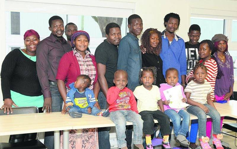 Les 26 membres de la famille Tomola commencent à prendre leurs aises à Saint-Hyacinthe. Photo François Larivière | Le Courrier ©
