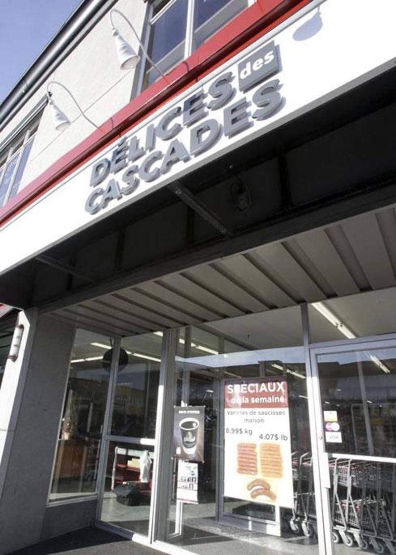 Les propriétaires de l'épicerie-boucherie Délices des Cascades ont dû se résoudre à fermer boutique moins de deux mois après l'ouverture.