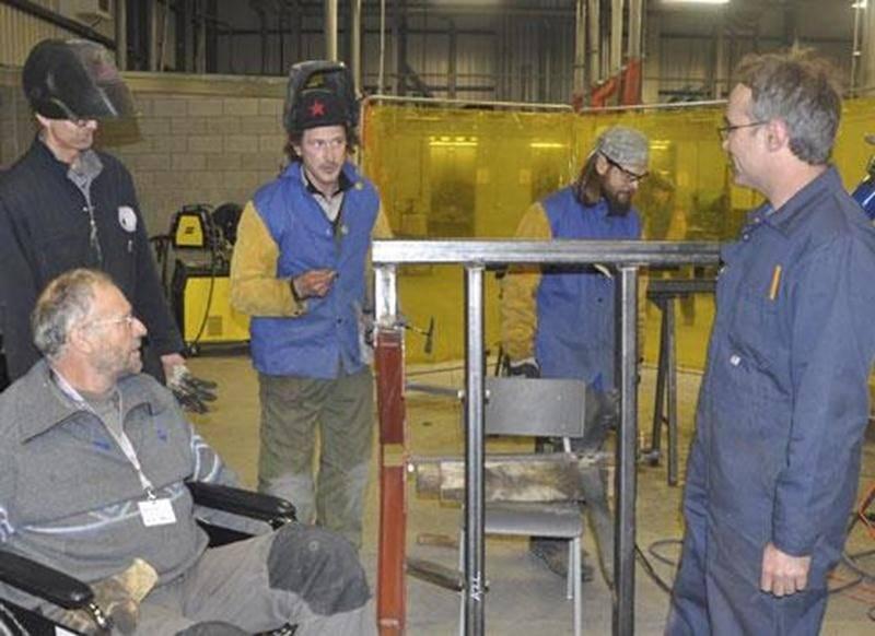 Grâce à la visite de deux spécialistes français, une formation sur l'autoconstruction d'équipements pour les planches permanentes a eu lieu du 27 au 31 janvier, à l'immeuble Bonin d'Acton Vale.