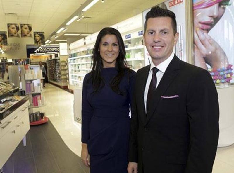 Marie-Ève Laflamme et Stéphane Loyer souhaitent offrir un service à l'image des Maskoutains avec leur nouvelle pharmacie Uniprix.