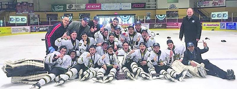 Huit joueurs des Gaulois d'Antoine-Giroaurd bantam AAA ont contribué au succès des Gaulois du Richelieu à la Coupe Québec des moins de 15 ans.