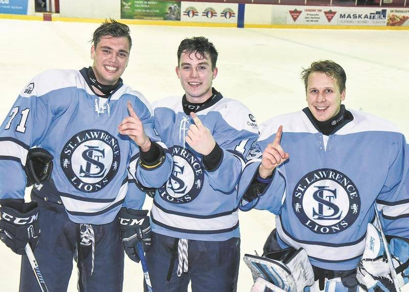 Les trois Maskoutains des Lions du College Champlain St. Lawrence, Lucas Sylvestre,