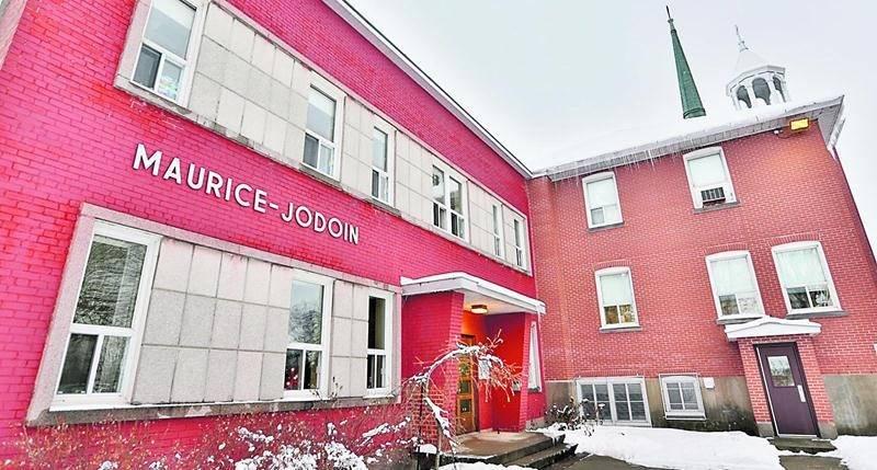 L'école Maurice-Jodoin, dans le quartier Saint-Joseph, adoptera un nouveau nom afin d'englober ses activités d'enseignement offertes dans les immeubles Maurice-Jodoin et Saint-Joseph. Photo Robert Gosselin | Le Courrier ©