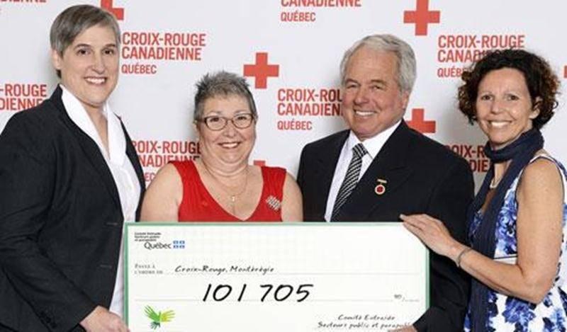De gauche à droite : Chantal Messen, directrice-adjointe financement Croix-Rouge; Lucille Whissell, bénévole en Haute-Yamaska; Michel Laguë, bénévole dans le secteur Les Maskoutains; et Lucie Goulet, coordonnatrice de la campagne Entraide.