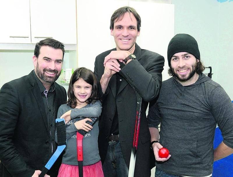 L'Aile jeunesse souhaite récolter 3 000 $ pour le centre de pédiatrie sociale Au Grand Galop grâce à son premier tournoi amical mixte de dek hockey. Photo François Larivière | Le Courrier ©