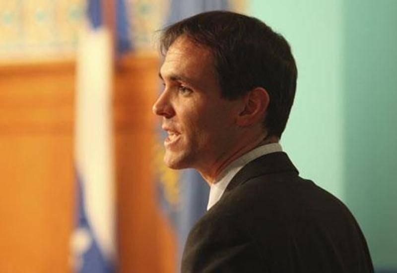 Ancien du collège Antoine-Girouard, le conseiller municipal David Bousquet est aussi commissaire à la CSSH.