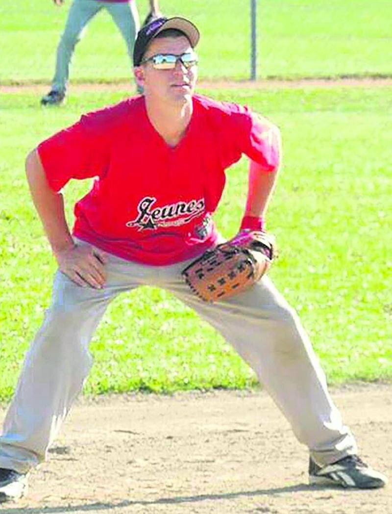 Ses amis ont témoigné de sa passion pour le baseball dans les hommages que l'on peut lire sur sa page Facebook. Photo Facebook