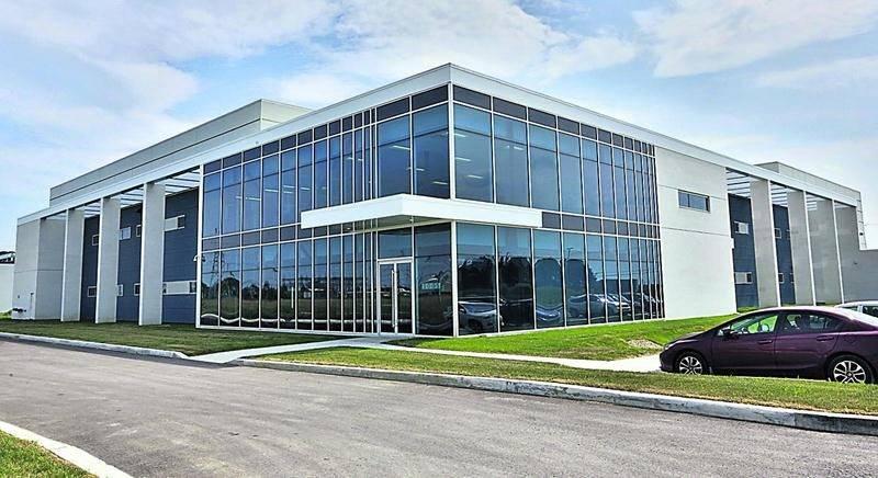Le Centre de développement pharmaceutique situé dans la Cité de la biotechnologie de Saint-Hyacinthe. Photo François Larivière   Le Courrier ©