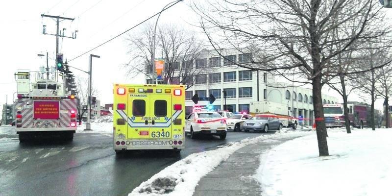 De nombreux policiers ont bouclé le secteur du Palais de justice de Saint-Hyacinthe lundi en fin d'avant-midi à la suite de la découverte d'un colis suspect.