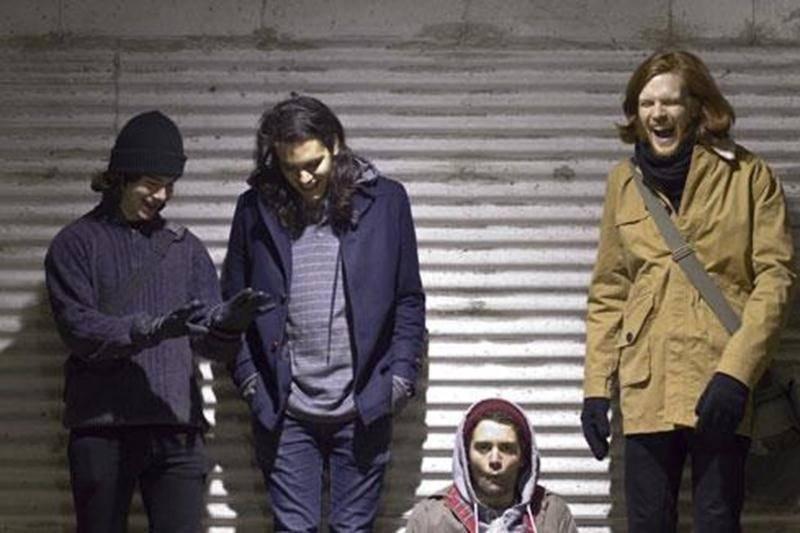 La formation maskoutaine A Grand Scene lancera son premier album éponyme samedi au Zaricot vers 22 h.