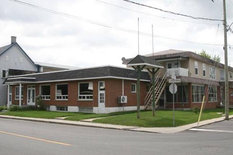 Le bâtiment qui hébergeait le Centre de de traitement pour toxicomanes L'Envolée à Saint-Hugues vient d'être vendu pour un montant de 285 000 $.