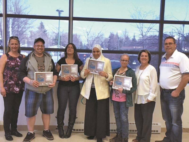 Les gagnants locaux du concours d'écriture Ma plus belle histoire. Photo courtoisie