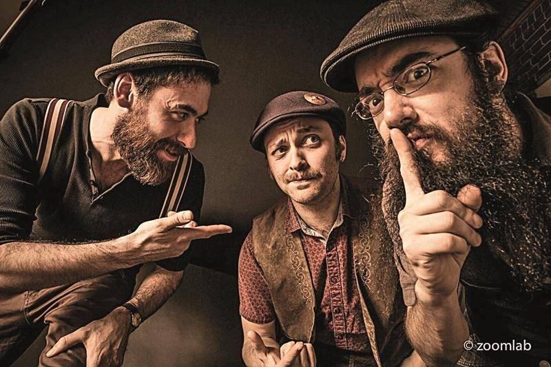 Mat « Chewy » Lacombe (contrebasse/voix), Sergio D'isanto (batterie/voix) et Pi Sailin' Cutler (guitare/voix) ont la réputation de systématiquement transformer un spectacle en fête. Photo Zoomlab