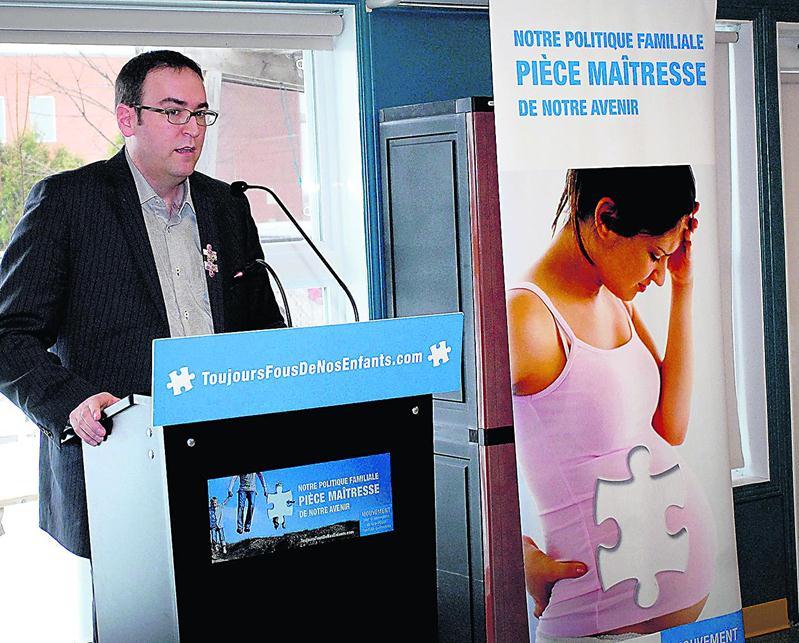 Louis Senécal, président-directeur général de l'AQCPE, accuse le gouvernement libéral de nuire au développement des CPE. Photo Martin Grenier | Le Courrier ©