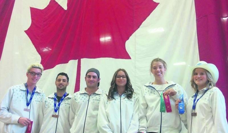 Six athlètes de Gymnaska-Voltigeurs se sont rendus à Calgary pour participer au championnat canadien des sports de trampoline. Dans l'ordre habituel, Jean-Philippe Camirand, Kevin Desjardins-Rodier, Maxime Proulx, Maëlly Hamel, Amélie Pietroniro-Savoie et Stéphanie Pelletier. Photo Courtoisie