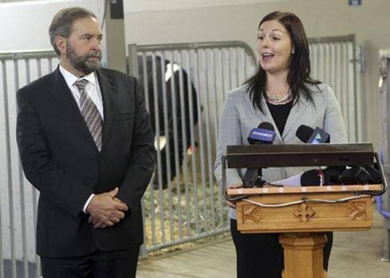 Le chef de l'opposition à Ottawa était de passage à Saint-Hyacinthe le 5 octobre pour venir présenter la tournée agricole de quelques-uns de ses députés, dont Marie-Claude Morin. Cette tournée s'arrêtait en terre maskoutaine le 9 octobre.