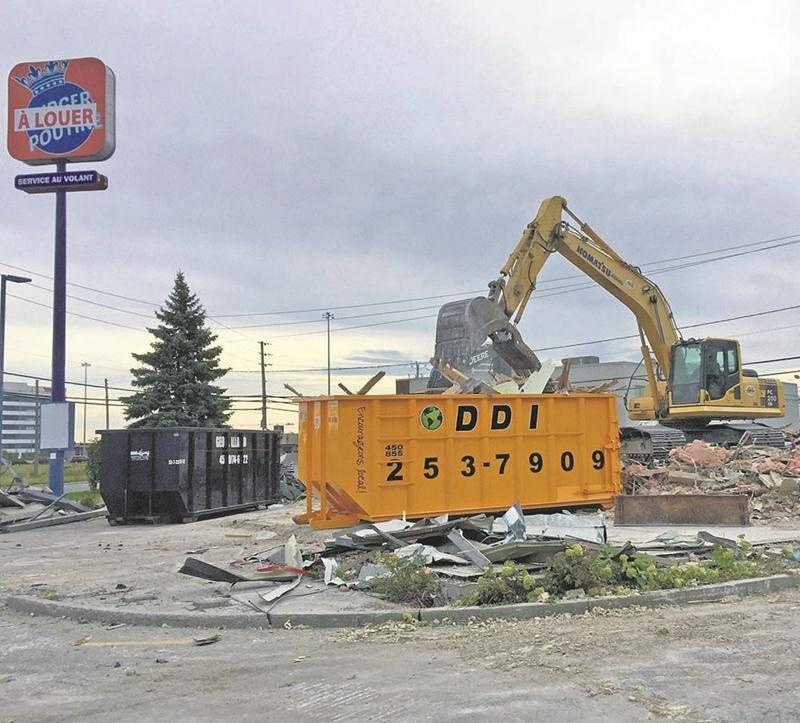 L'ancien Burger King réduit en miettes