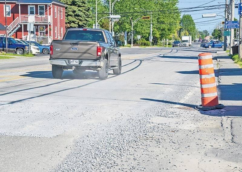 Les travaux débuteront bientôt au coin Laurier Ouest et Castelneau, un secteur qui sera à éviter en heures de pointe du 31 mai au 5 juin