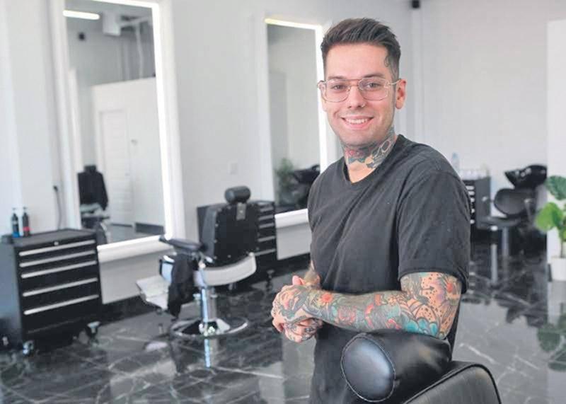 Le salon de barbier Maison Privée a ouvert ses portes à Saint-Hyacinthe, sur la rue Daniel-Johnson Ouest, depuis le mois de juin. Photo Robert Gosselin | Le Courrier ©