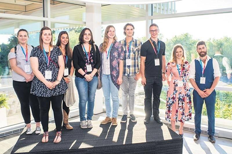 L'ensemble des boursiers 2017-18 de la Fondation Jefo présents lors de l'événement.
