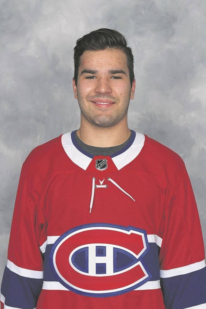 Joël Teasdale portant fièrement le chandail du Tricolore. Photo Club de hockey Canadien inc.