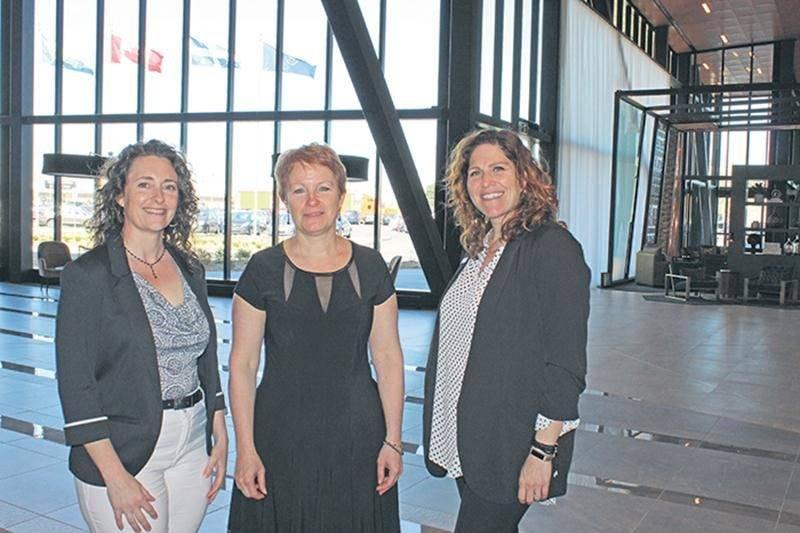Isabelle Compagnat, déléguée au tourisme d'affaires de Saint-Hyacinthe Technopole, Martine Lacharité, directrice générale de l'Ordre des conseillers et conseillères d'orientation du Québec, ainsi que Marie-Ève Brodeur, déléguée commerciale au Centre de congrès de Saint-Hyacinthe.