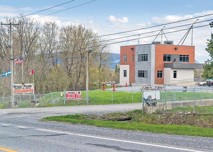 Les installations de Métaux Picard dans le Grand rang Saint-François à Saint-Pie au moment de la faillite de l'entreprise au printemps 2016.